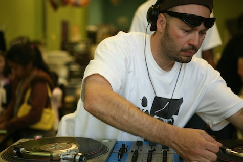 A photo of DJ Quest.