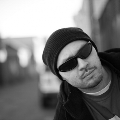 A photo of DJ Quest.